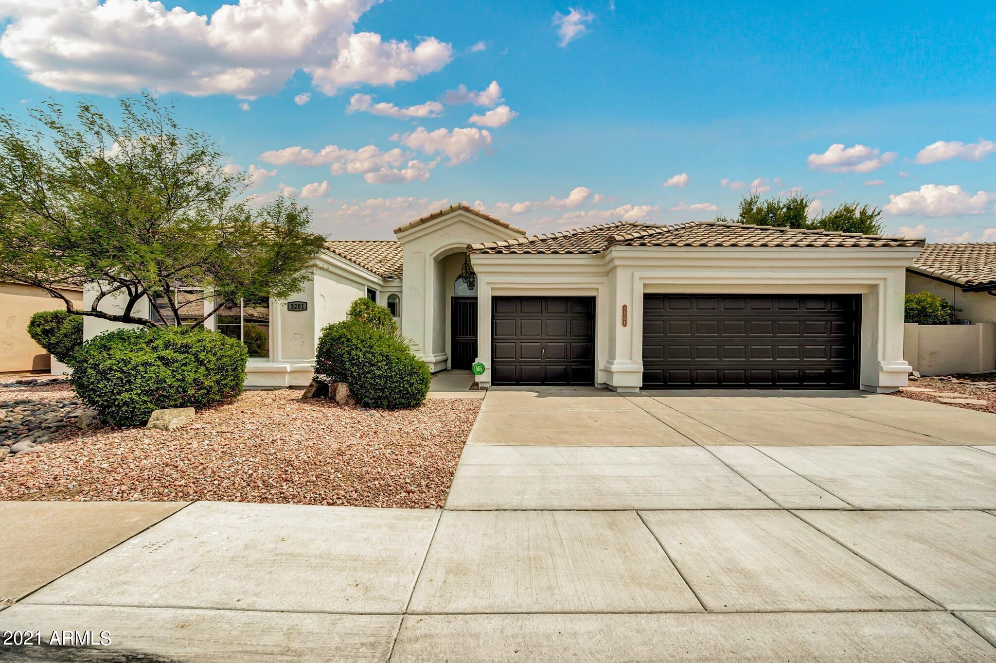 3201 W DRAKE Street, Chandler, AZ 85226, 4 Bedrooms Bedrooms, ,Residential,For Sale,3201 W DRAKE Street,6269187