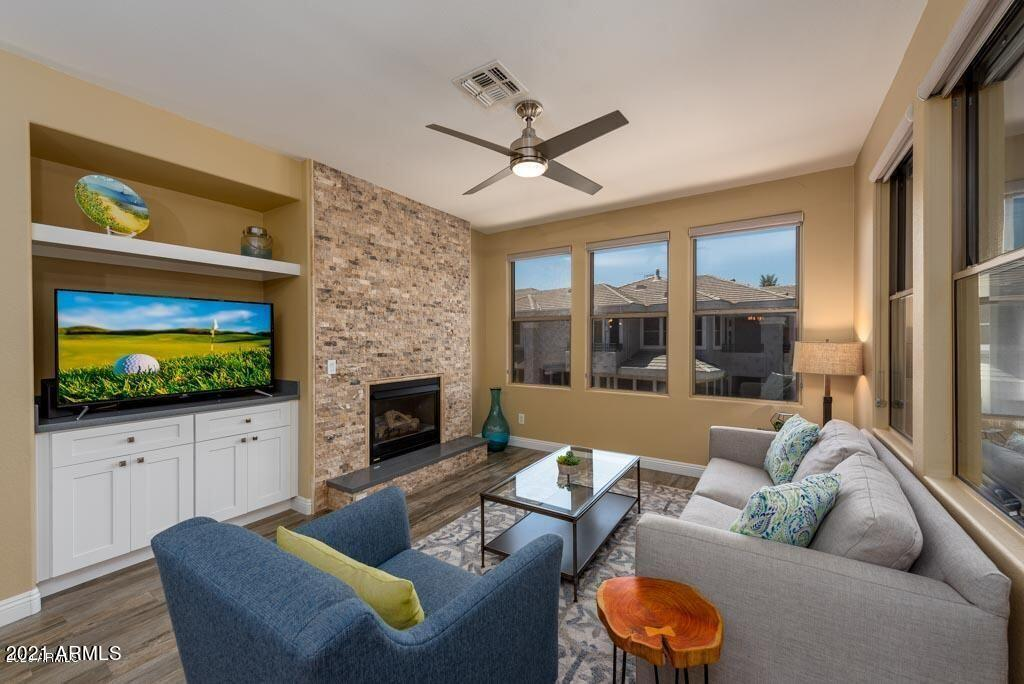15221 N CLUBGATE Drive # 2057, Scottsdale, AZ 85254, 2 Bedrooms Bedrooms, ,Residential Lease,For Rent,15221 N CLUBGATE Drive # 2057,6309068